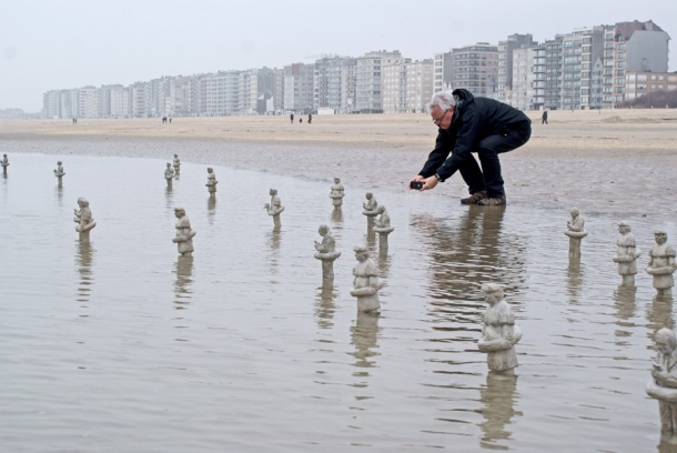 Waiting for climate change by Isaac Codal 1